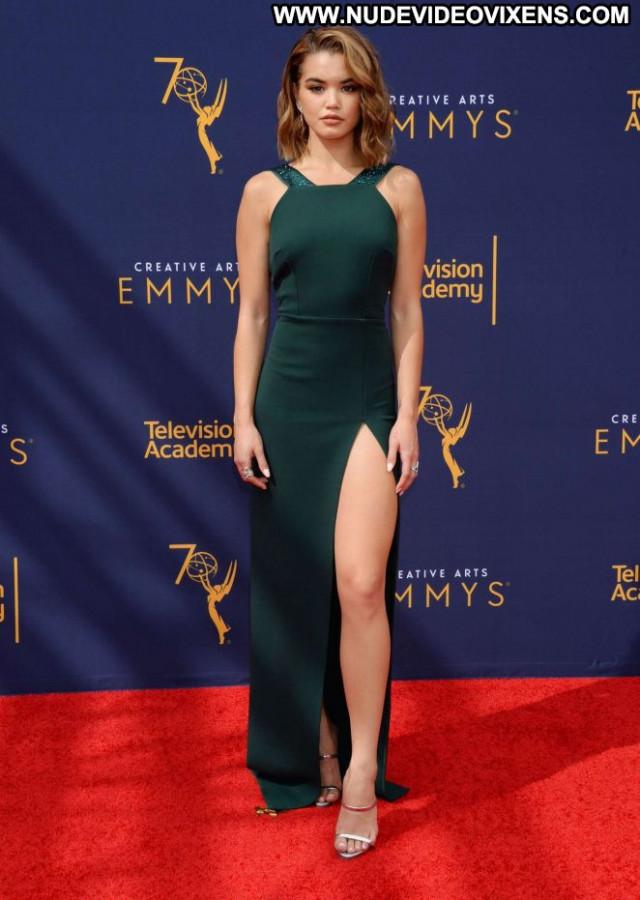 Paris Berelc Los Angeles Babe Posing Hot Beautiful Awards Paparazzi