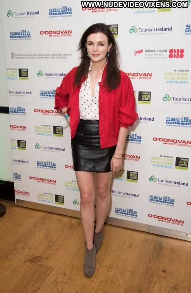 Aisling Bea No Source Irish Paparazzi Beautiful Babe London Posing