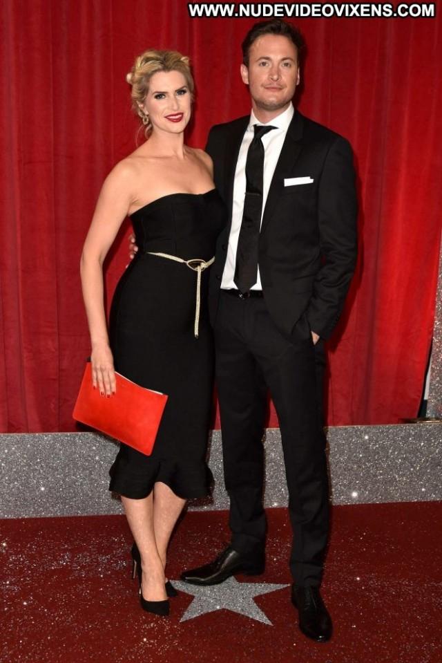 Sarah Jayne Dunn Soap A British Beautiful Posing Hot Celebrity Babe