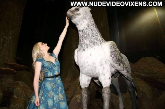 Evanna Lynch No Source Paparazzi Babe Posing Hot Forest London