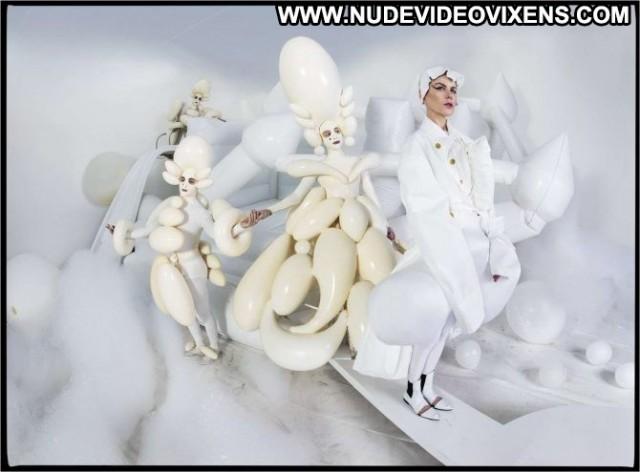 Nicole Kidman W Magazine  Beautiful Paparazzi Celebrity Posing Hot