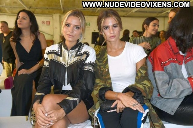 Cristina Marino Fashion Show Beautiful Fashion Posing Hot Celebrity