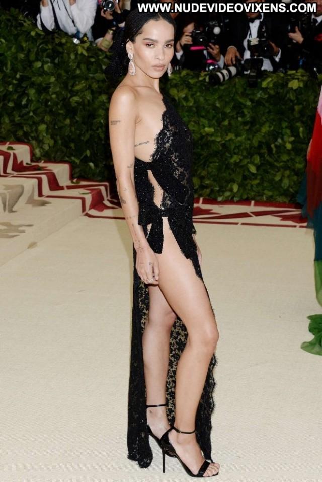 Zoe Kravitz No Source Beautiful Celebrity Posing Hot Paparazzi Nyc