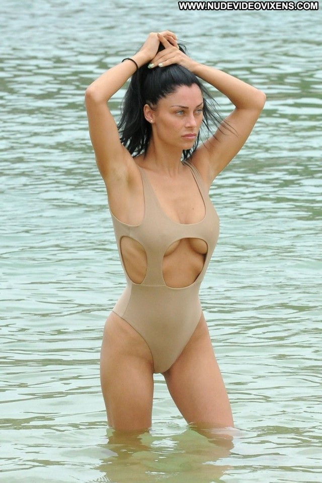 Cally Jane Beech The Beach Celebrity Twitter Reality Model Glamour