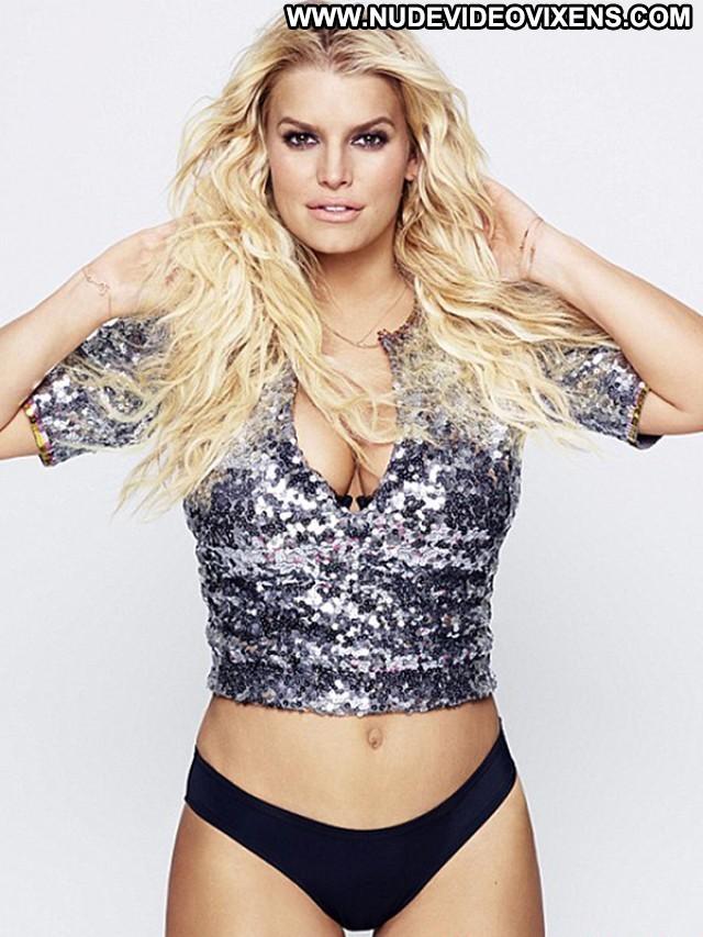 Jessica Simpson No Source Posing Hot Babe Beautiful Spandex Celebrity