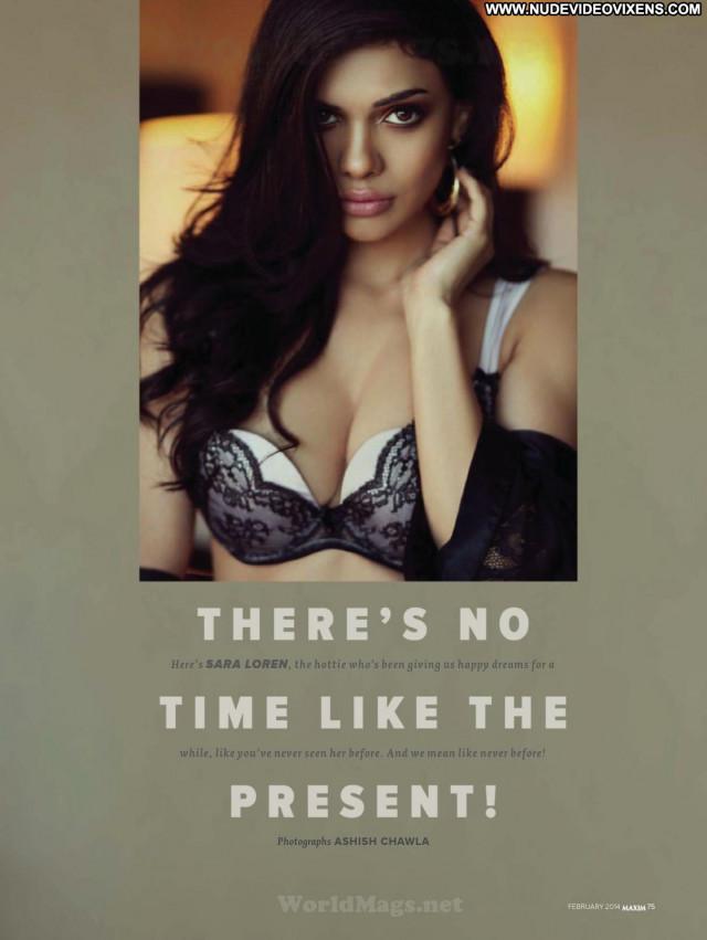 Sara Loren No Source Posing Hot Paparazzi Beautiful India Celebrity
