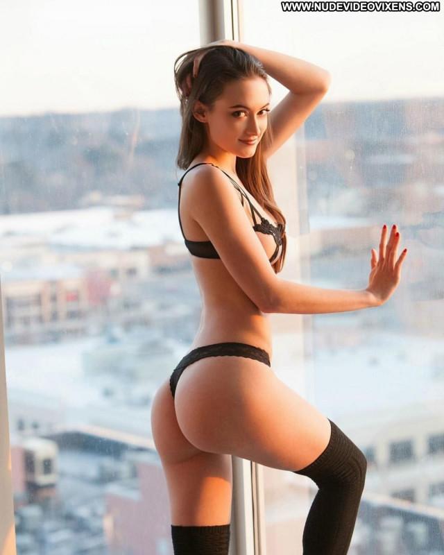 Hot Girl No Source Posing Hot Beautiful Babe Celebrity Sex Doggy
