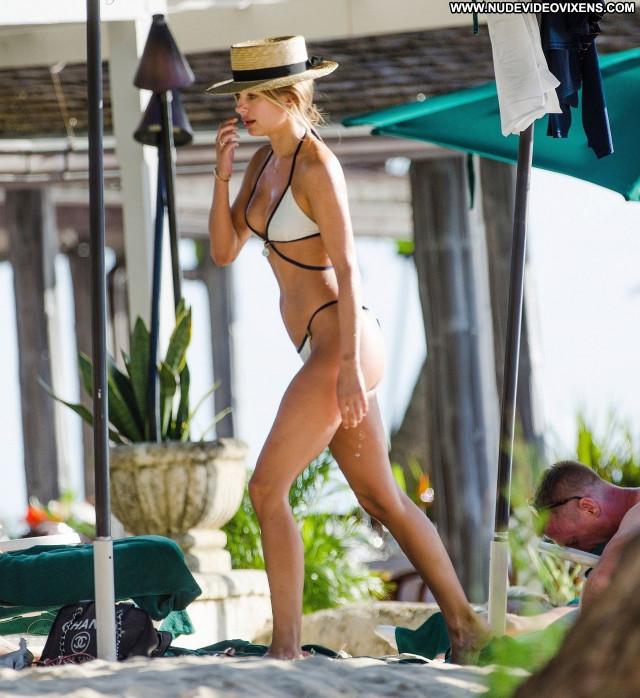 Kimberley Garner No Source Beautiful Babe Posing Hot Celebrity Sexy