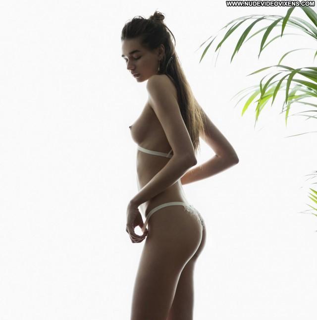 Dominika Sedlakova Alejandro Pereira Babe Posing Hot Photoshoot