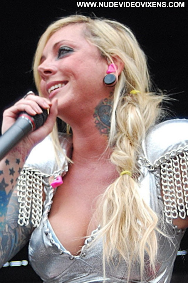 Maria Brink No Source Babe Celebrity Beautiful Posing Hot